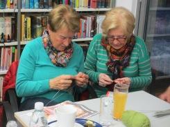 Margit & Erika ganz konzentriert