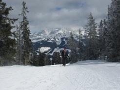 Anneliese genießt den Gipfelanstieg