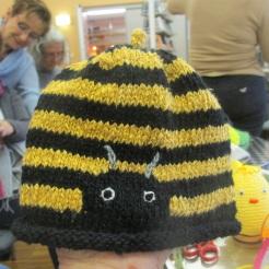 Bienenmützerl von Anneliese