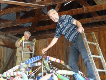 Stefan und Helfried kommen zum Helfen
