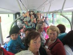 im übervollen Bus nach Schladming