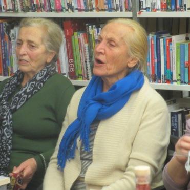 Die Schwestern Rosi und Gerta