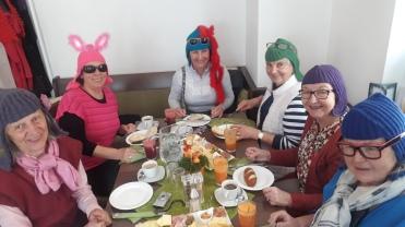 Anna, Angelika, Barbara, Linde, Renate,Maria