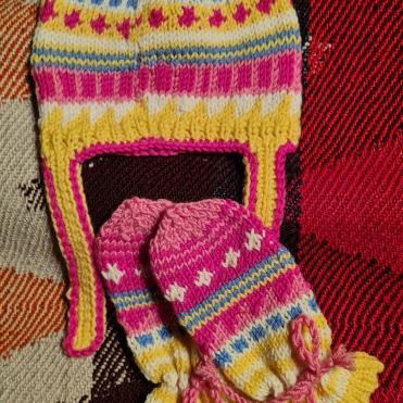 Haube und Handschuh-Sockerl